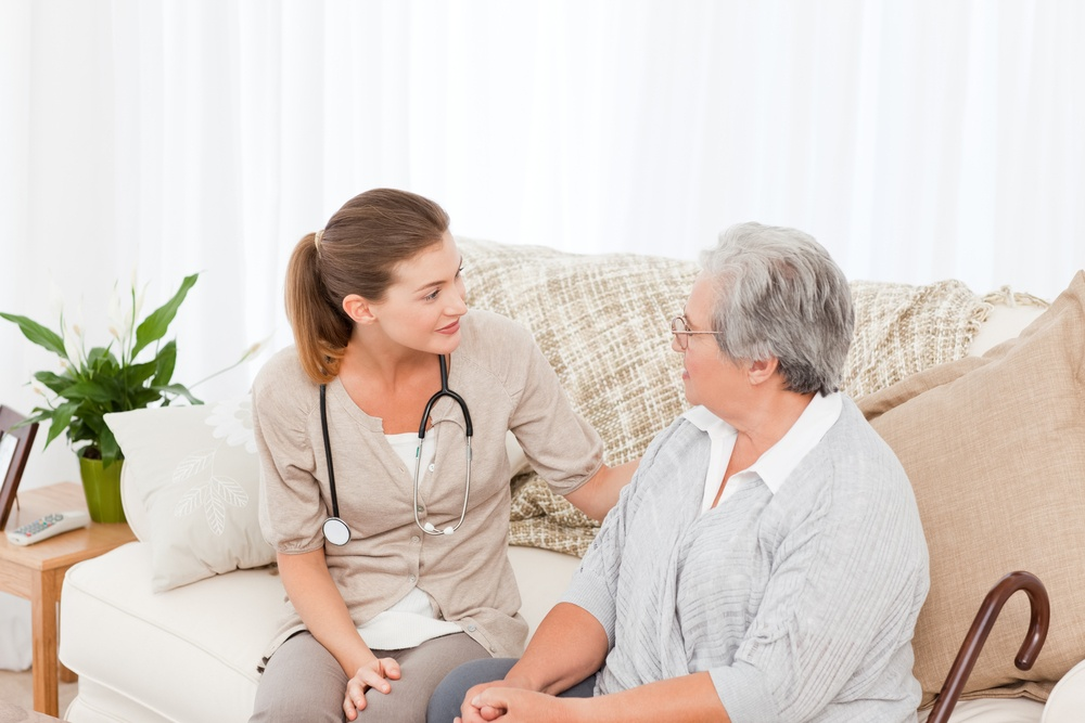 At Home Care or a Senior Community? Pros and Cons