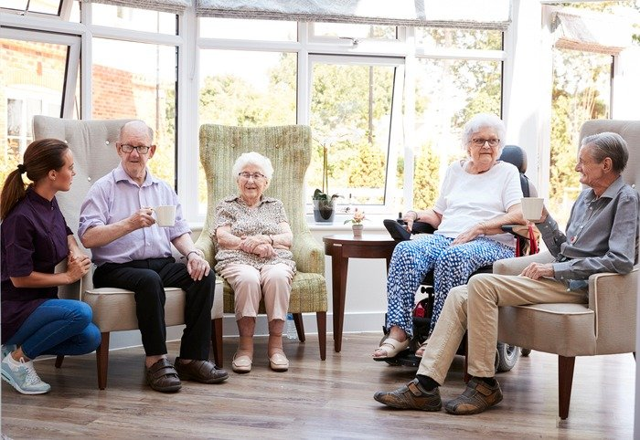5 Things to Consider When Looking for an Assisted Living Community