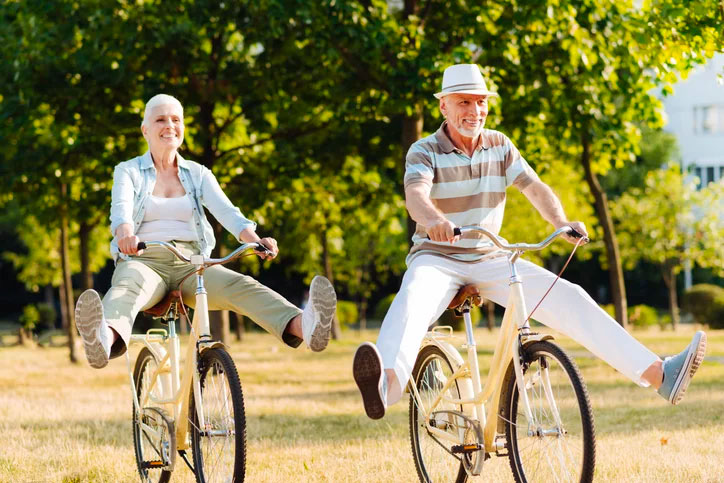 How to Cope With the Difficulties of the Aging Process