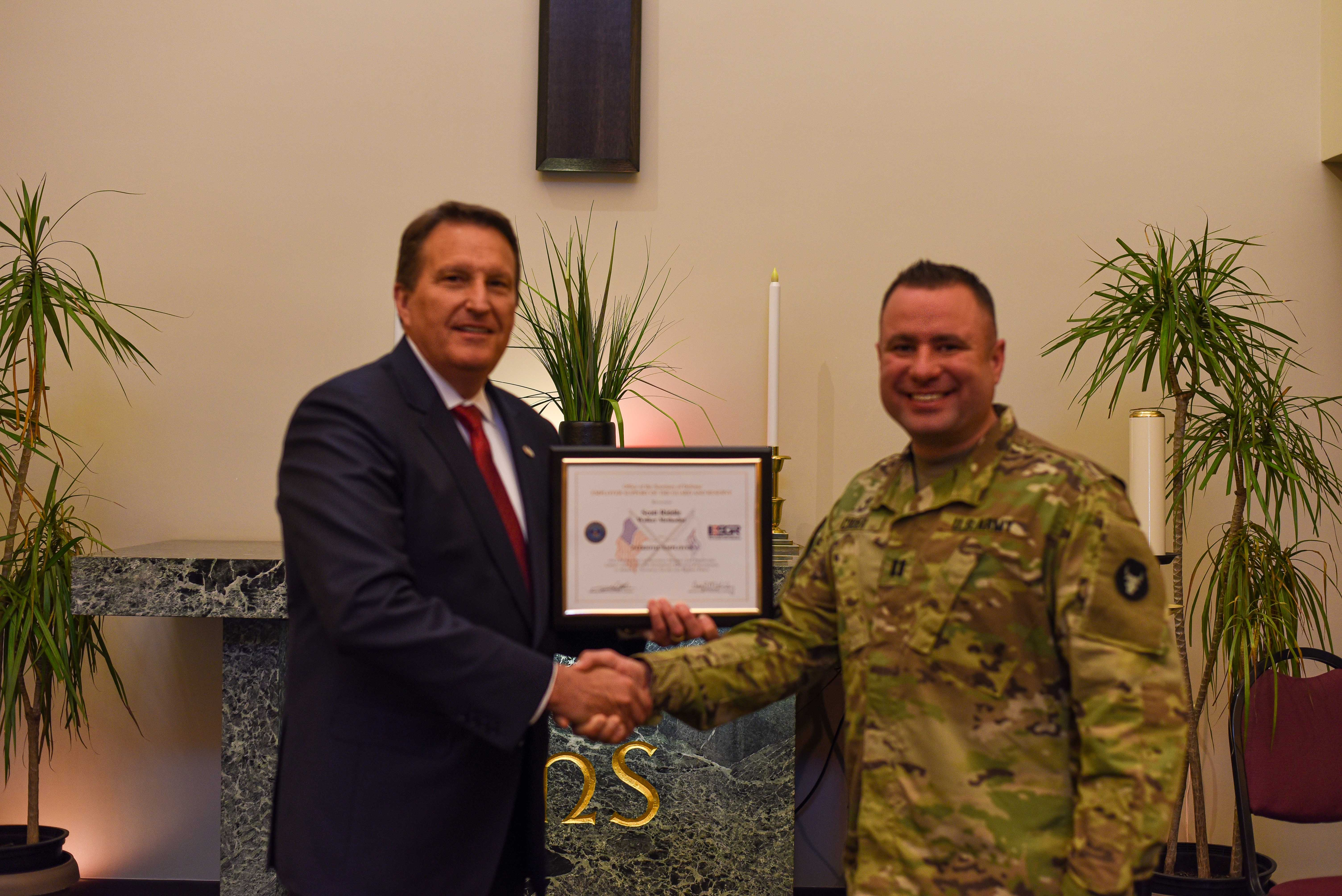 Walker's Own Scott Riddle Receives the 2019 ESGR Patriot Award