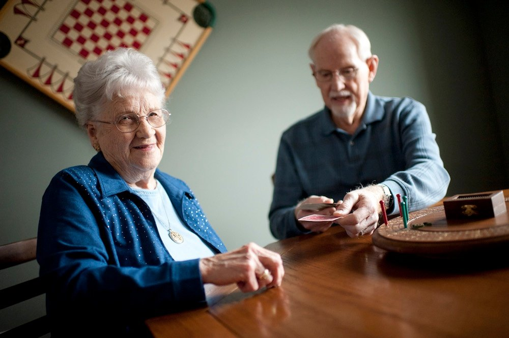 INTROVERT OR EXTROVERT? SENIOR LIVING OPTIONS FOR EVERY PERSONALITY