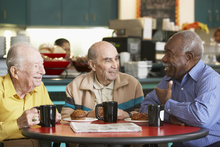 How to Maintain Friendships after Moving to an Assisted Living Community